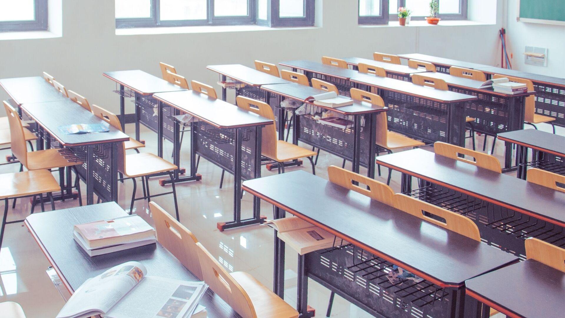 La dispersione scolastica non è solo banchi vuoti